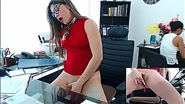 Woman squirts at work