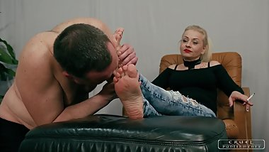 Lady Gwen's Foot Cleaner