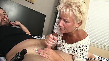Aunt Tracy Decides To Teach What Lubricate Is