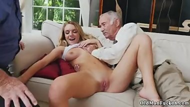 Amateur Teen Morning Beautiful Blonde Big Tits Anal Molly Earns Her Keep