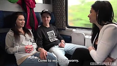 Swingers in the train compartment (FULL VIDEO IN COMMENT)