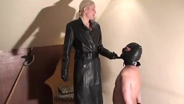 licking_leather_full