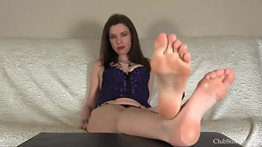 Feet fetish - callused soles domination