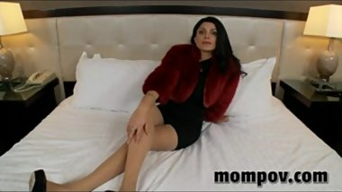Sexy mature milf in red fur coat having porn for the first time!
