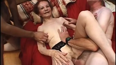 grandma sex 2 guys