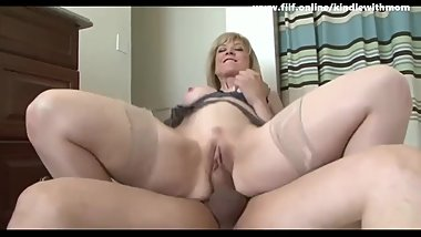 Young Guy Seduce busty Mom In the floor Fuck Her