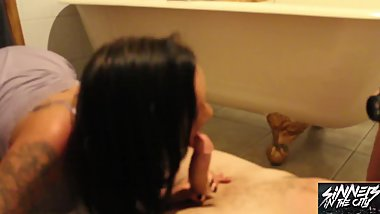 Chantelle Fox gives a nasty bj on the bathroom floor