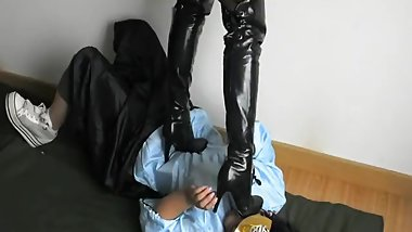 Chinese Army Girl Lezdom(Bondage & Boots Trample)