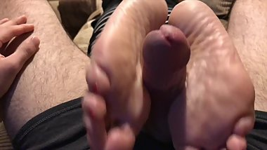 The Freak Gets Friends Mom Feet
