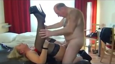 Pussy filled with piss
