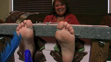 Mature Feet Tickled in Stocks