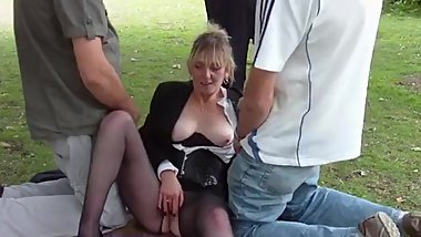 Outdoor mature fuck