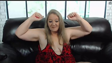 BBW Granny flexes her biceps for the first time on cam