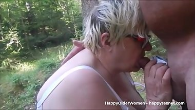 Slut granny having fun outdoor