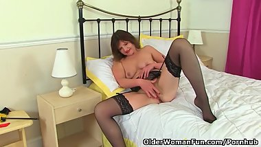German milf Kristine Von Saar lowers her panties