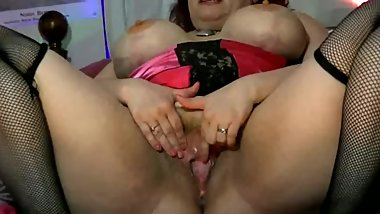 Big Tit Mature Slut Preview