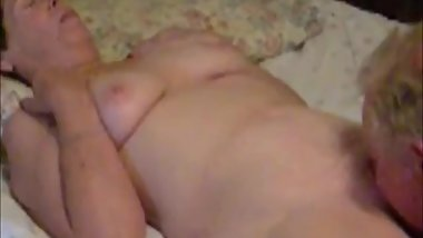 Granny loves to be licked. Amateur older