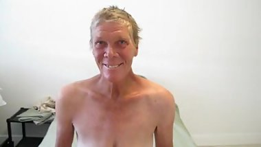 Granny Lisa naked 2.